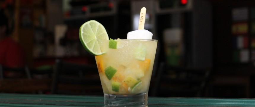 Caipicítrica com picolé – Borracharia Gastrobar + Spiral Drinkmaker + Easy Ice
